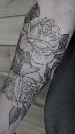 black-and-white-tattoos-girl-rose