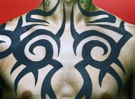 chest-tattoos-tribal-men