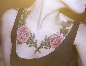 chest-tattoos-women-rose