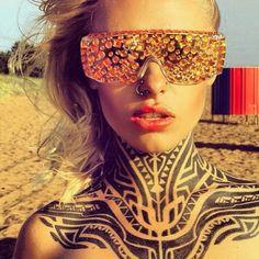 neck-tattoos-women-tribal