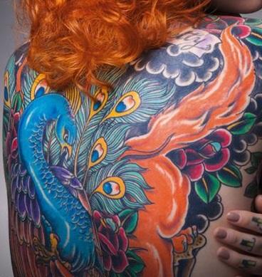 peacock-feather-tattoo-trad
