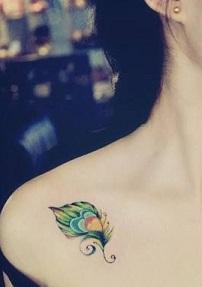 peacock-tattoos-small-shoulder