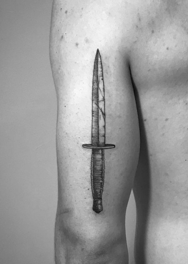 Dagger Tattoo by Tomtom