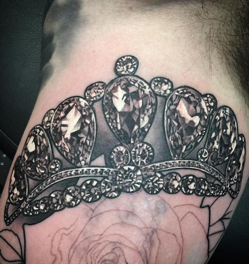 Justin Burnout Crown Tattoo