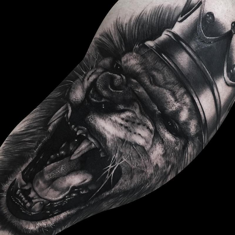 King Lion Tattoo by Ronstoppable