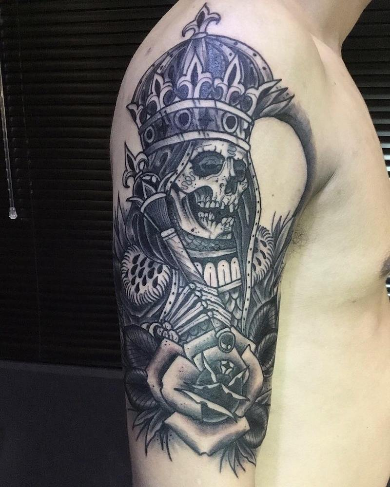 King Tattoo by Kayron Loureiro