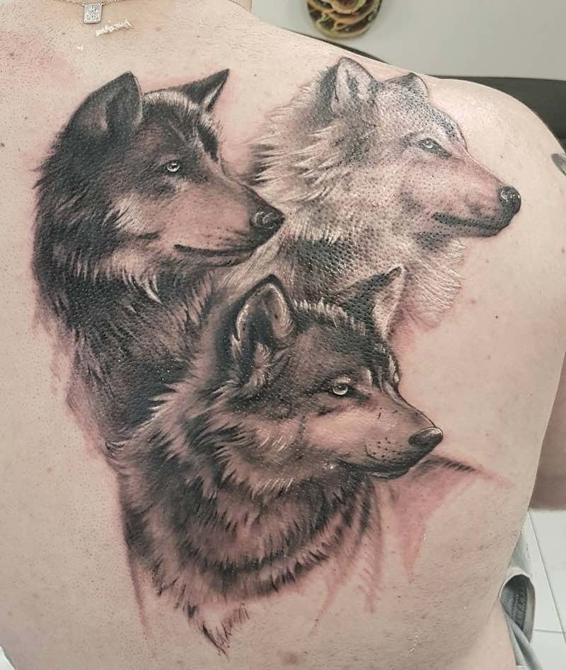 Wolf Tattoo by Tiago Paiva
