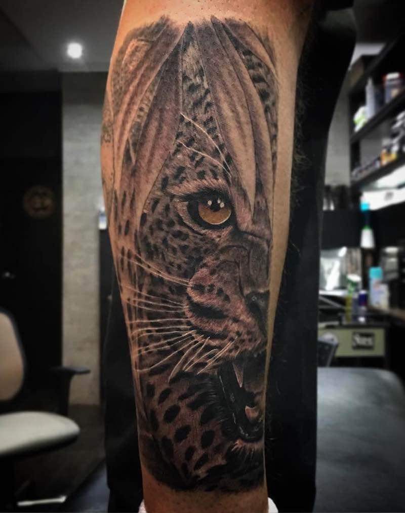 Jaguar Tattoo by Babilonia Tattoo