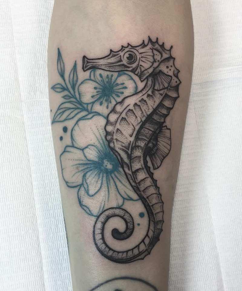 Seahorse Tattoo by Yanina Viland