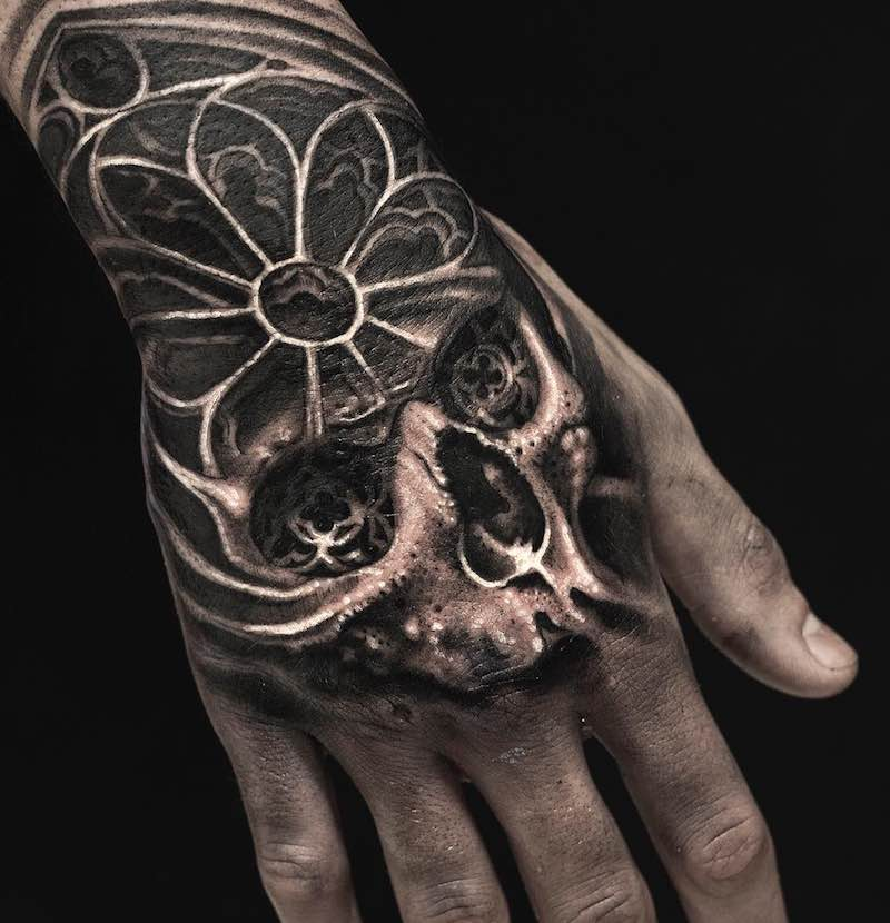 Skull Tattoo by Mumia