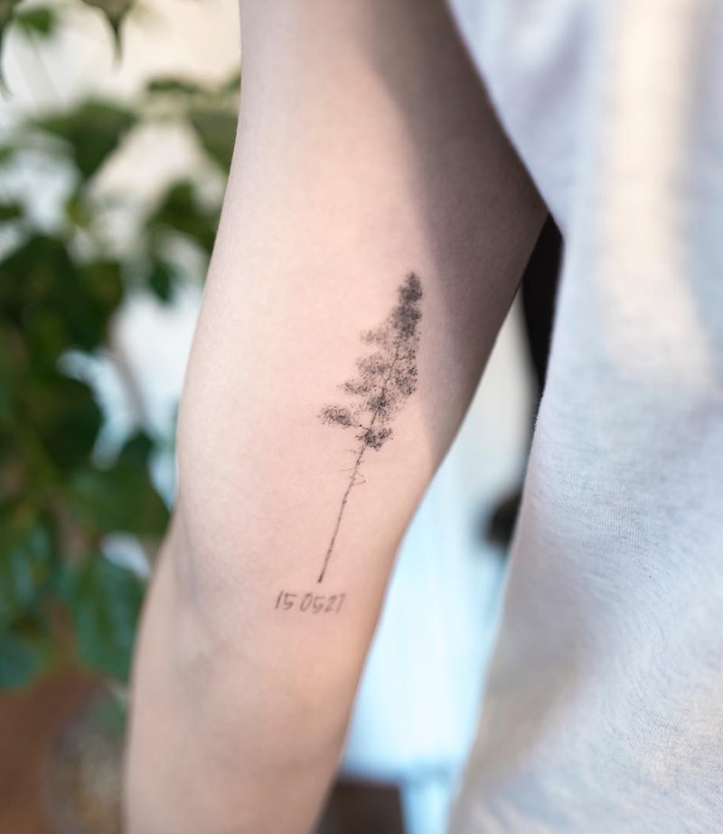 Small Tree Tattoo by Hongdam