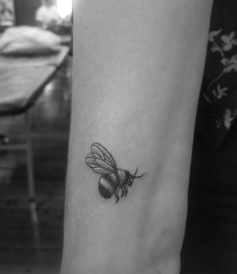 Bee Tattoo 5 by Alexandyr Valentine