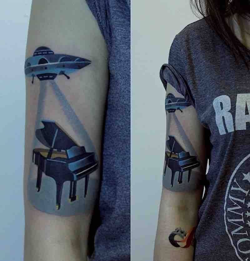 UFO Tattoo by Sasha Unisex